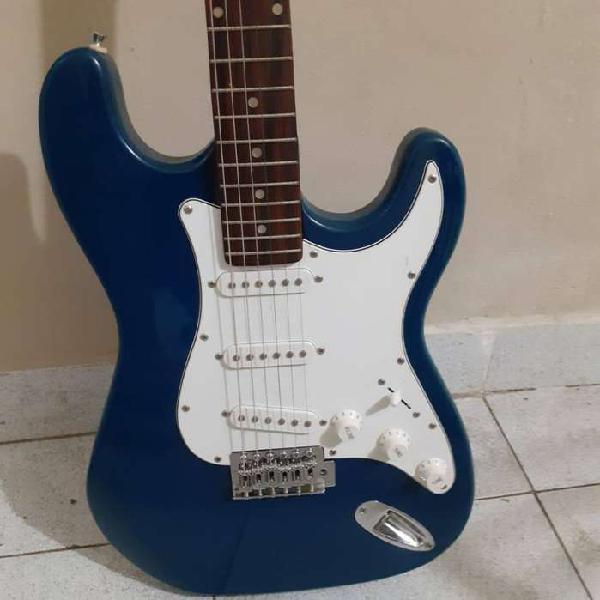 Guitarra eléctrica stratocaster marca hallen