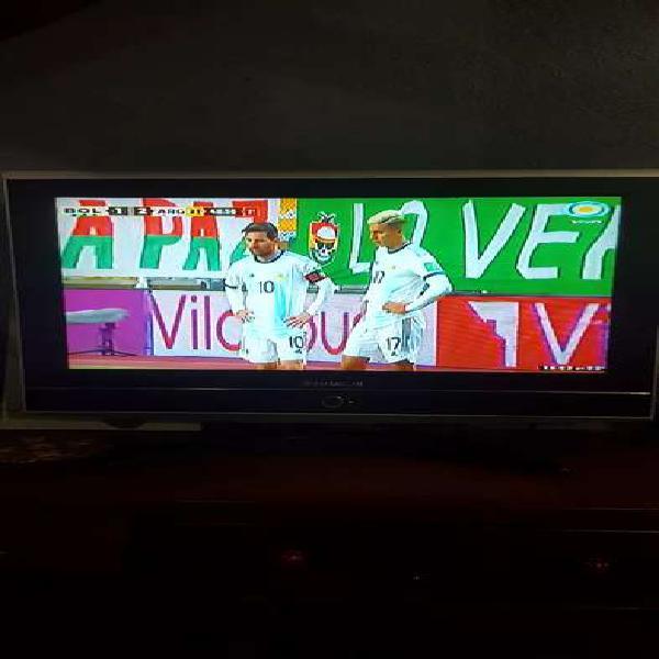 """Vendo tv lcd hitachi 32"""""""
