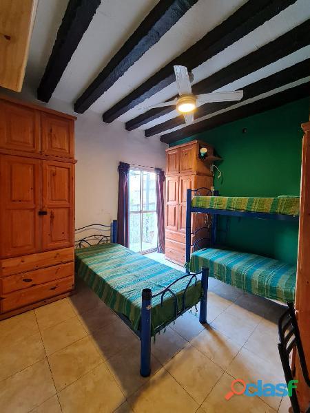 Hostel alquila habitaciones con baño privado $11000 por mes 1