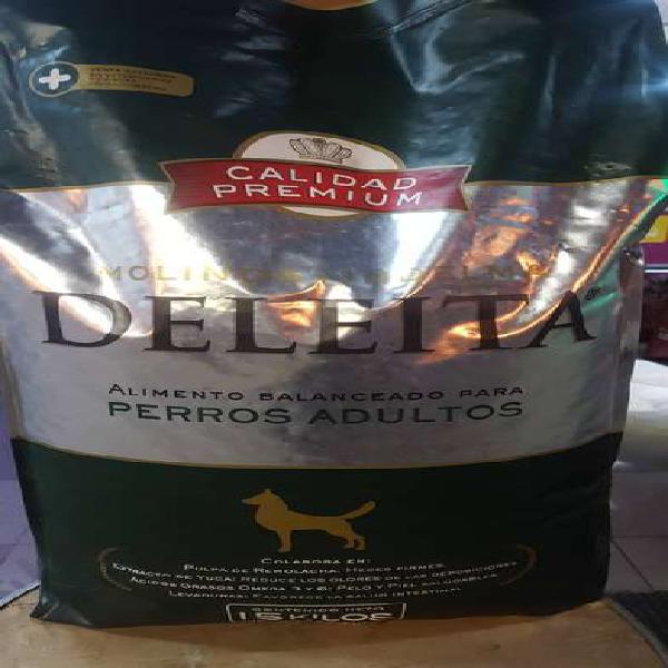 Alimento deleita premium perros adultos 15 kg y 22 kg