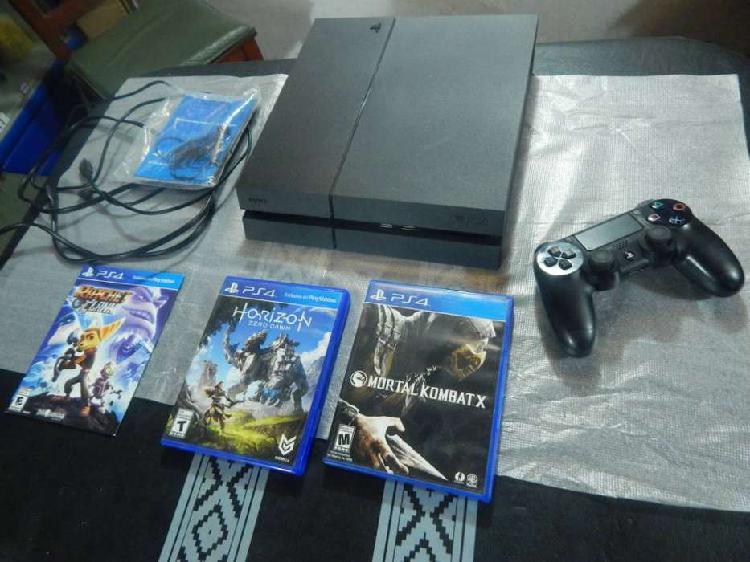 PS4 500 GB + 1JOYSTICK + 3 JUEGOS