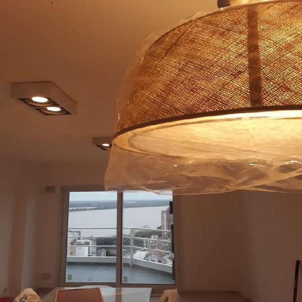 Venta 2 dormitorios zona rio con cochera - vista unica -