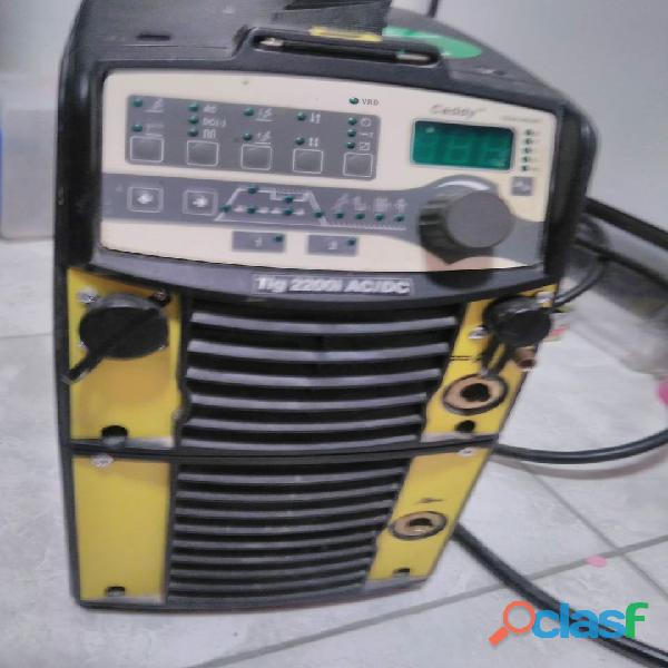 ESAB 2200I ACDC TA34 4
