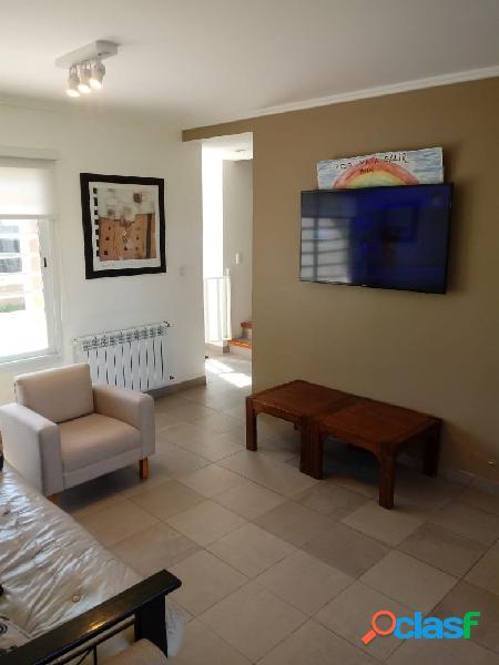 Casa 4 ambientes con parque en venta mar del plata