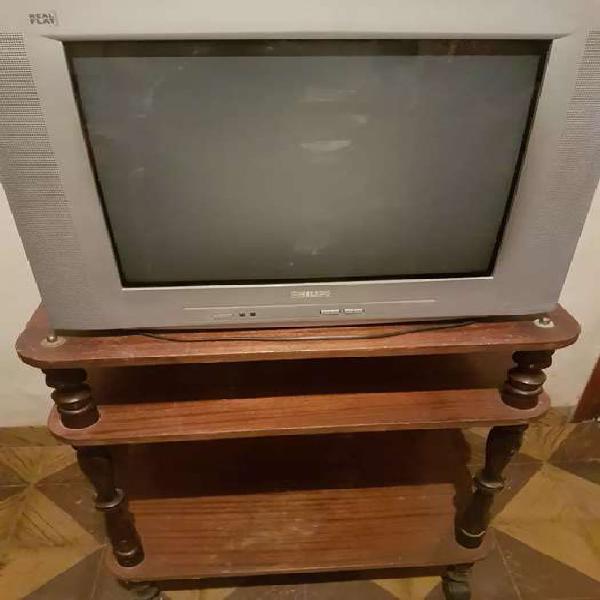 """Vendo tv 21"""" phillips funcionando con mesa movil"""