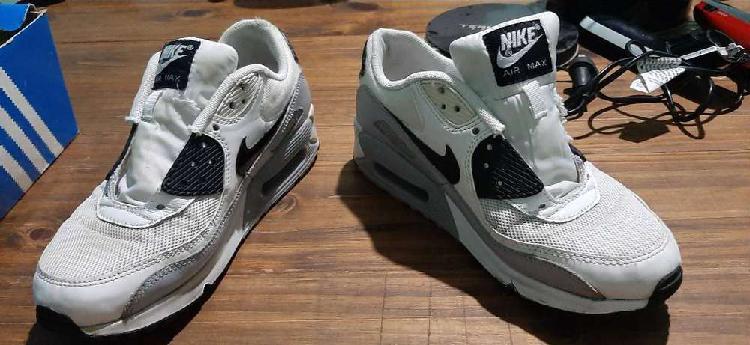 Zapatillas adidas nike air max