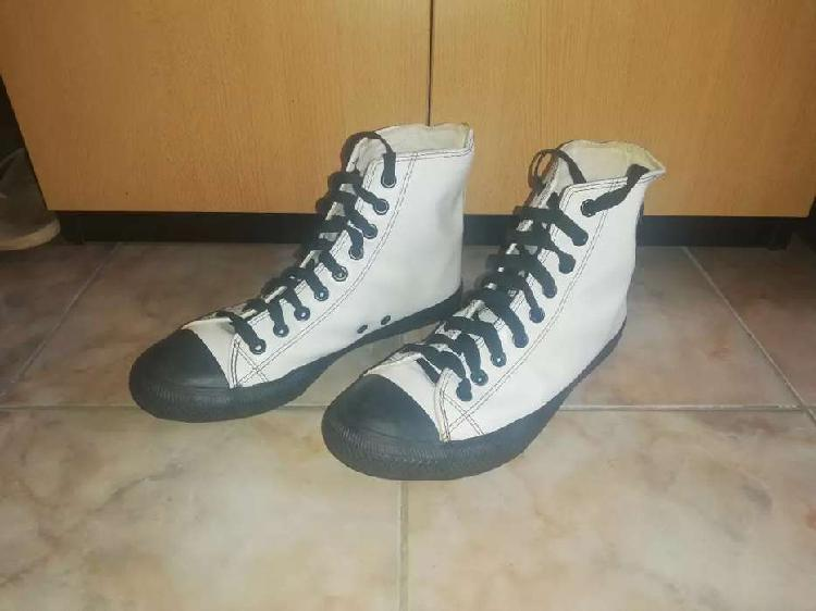 Converse talle 41
