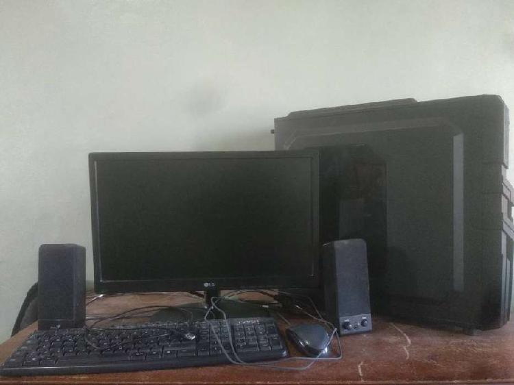 Pc gamer amd a10 7870k con monitor