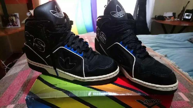 Zapatillas botitas adidas negras