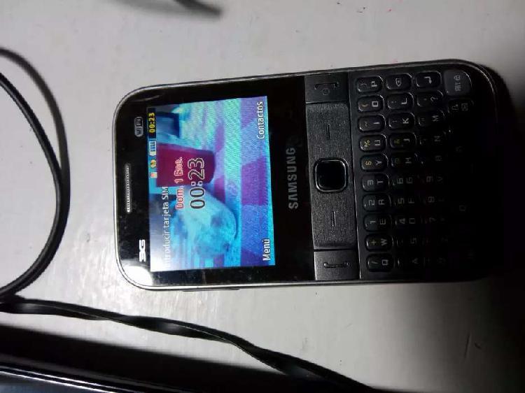 Lote celular samsung chat 527 usado, cables usb,