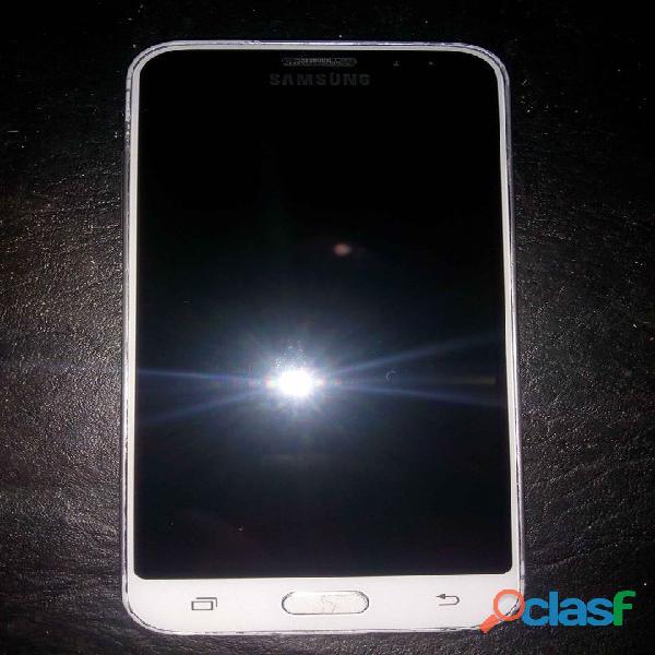 Samsung j3 libre con cargador