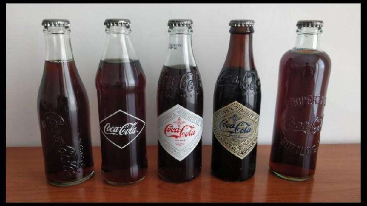 Colección de 5 botellitas de coca cola antiguas