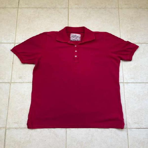 Remera mujer Legacy talle L color fucsia. Impecable. Medidas