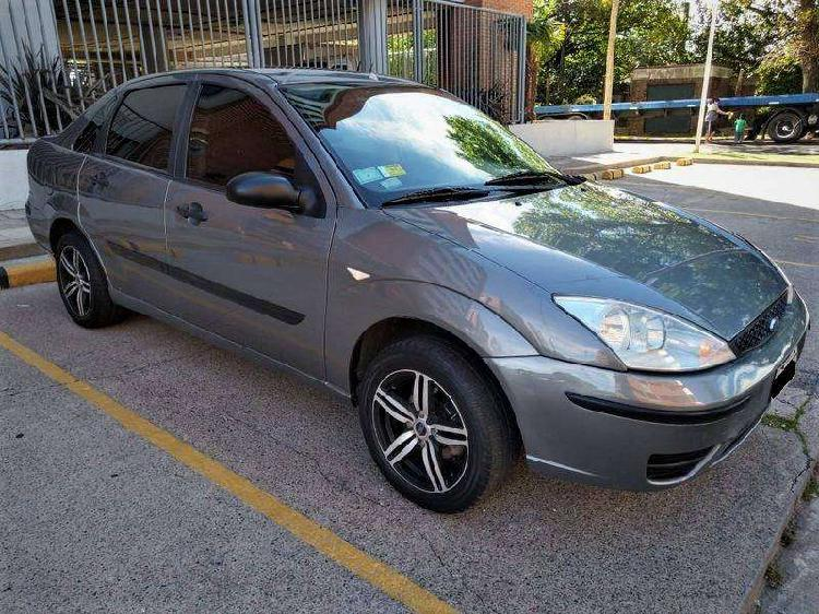 Ford focus ambiente 1.6 full 4p impecable 109.000k titular