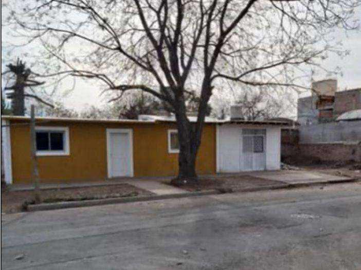 Inmobiliaria romero vende casa con terreno y local comercial