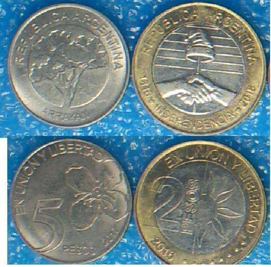 Lote de 59 monedas 46 de argentina y 13 extranjeras