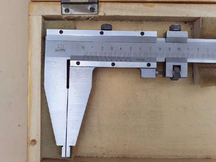 Calibre pie de rey analógico de 500mm acero inox