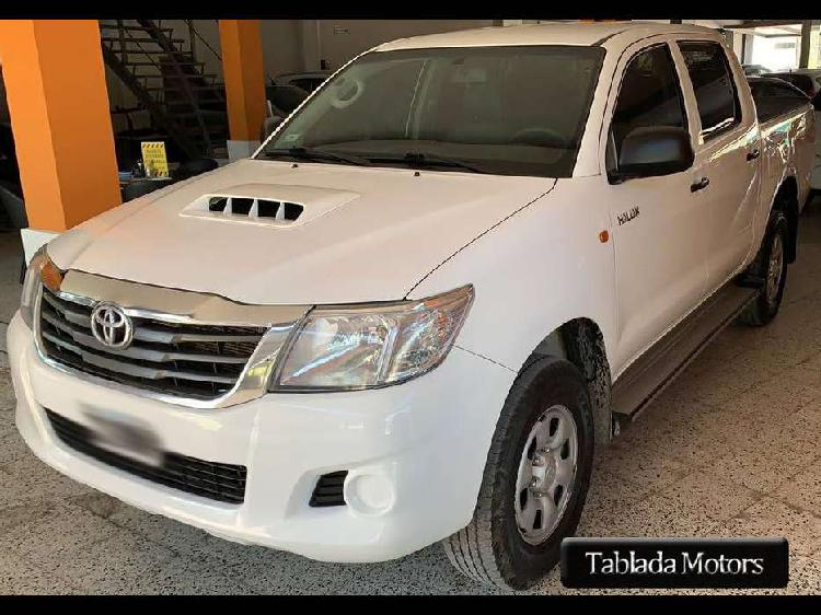 Toyota hilux doble cabina dx pack 2014