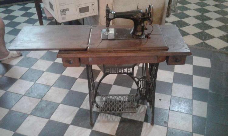 Maquina de coser singer antigua falta lanzadera