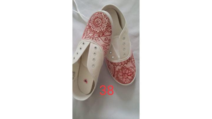 Zapatillas pintadas a Mano...ARTESANALES
