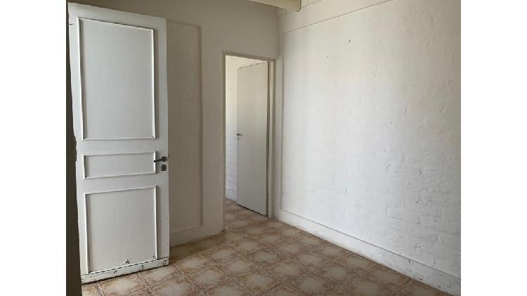 Inmobiliaria zenoff alquila departamento interno para 1