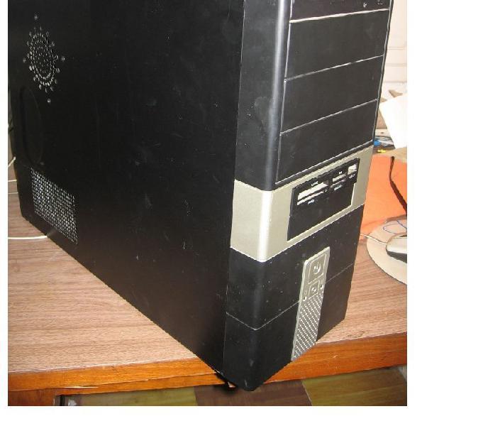 Computadora de escritorio disco 80 g 2ghz ram 1 ghz