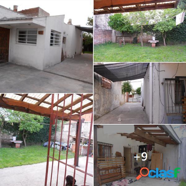 Casa de 3 ambientes en barrio san cayetano