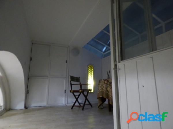 Ph 2 ambientes amplios con entrepiso edificio histórico 87 m²