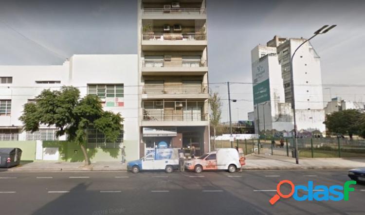 Local comercial en el barrio de Constitución. 3