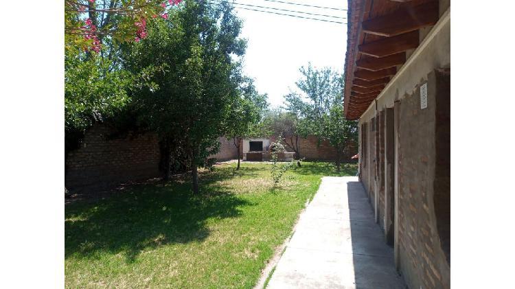 Casa quinta, en venta, 3 dorm, 2 baños piscina servicios,