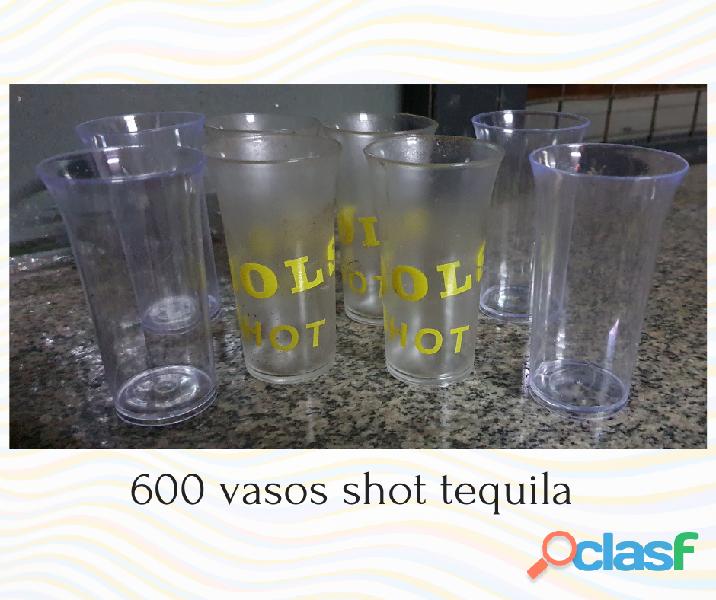 Vasos de vidrio y plástico al por mayor