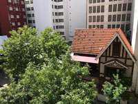 Ambiente reciclado a la calle com balcon frances