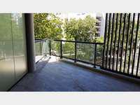 Departamento 3 ambientes. cochera doble. balcon con