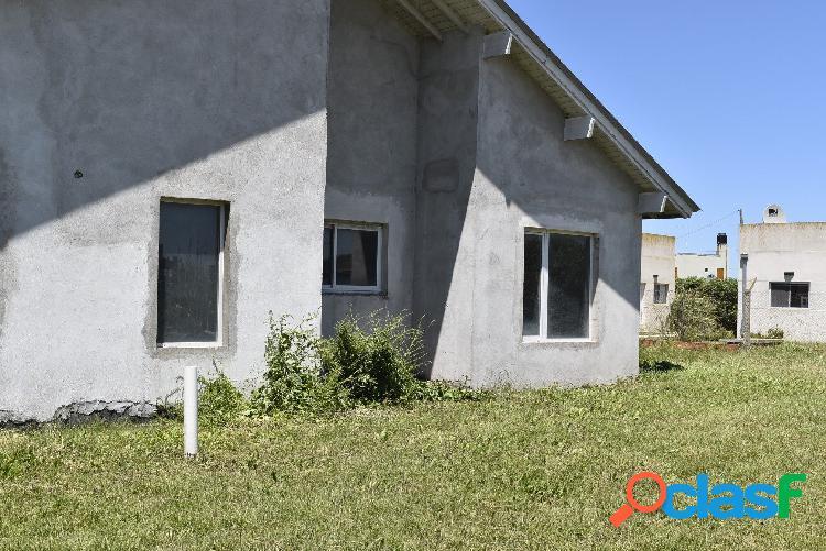 Casa 3 ambientes a estrenar construcción sin finalizar zona camet norte