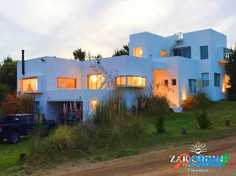 Alquiler temporario costa esmeralda casa 5 ambientes con piscina