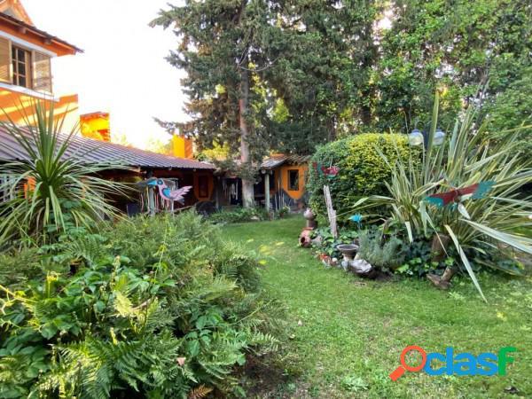 Neuquen. venta. lote 15x28 / casa habitable de 3 dormitorios. santa genoveva