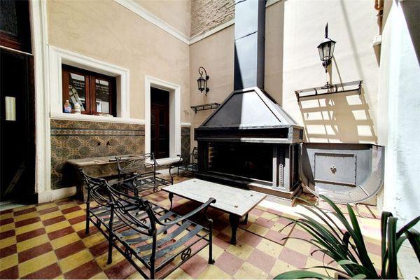Humberto primo 700 - hotel en venta en san telmo, capital