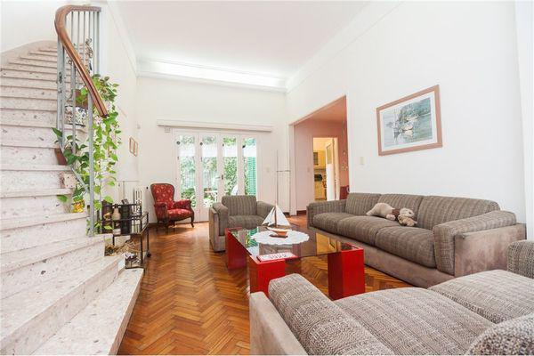 Llavallol 3900 - casa en venta en villa devoto, capital