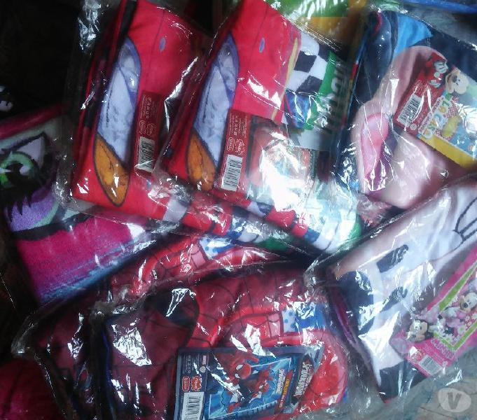 Combo 11 toallones piñata infantiles microfibra