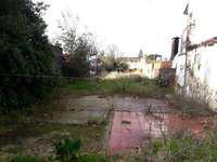Terreno con casa a reparar o demoler, muy buena zona