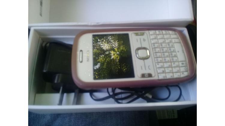 Vendo celular nokia 208, usado en excelente estado (no tiene