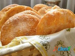 Tortas fritas, bizcochitos simples y de queso Monte Grande 1