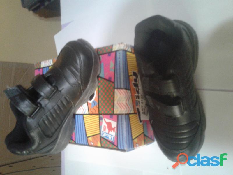 """Vendo zapatillas de niñas/niños jaguar y Tridy """" promo x 2 pares"""" 6"""