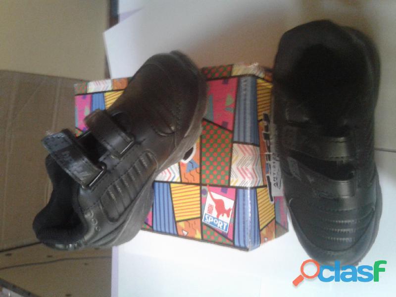 """Vendo zapatillas de niñas/niños jaguar y Tridy """" promo x 2 pares"""" 7"""