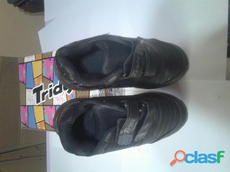 """Vendo zapatillas de niñas/niños jaguar y Tridy """" promo x 2 pares"""" 8"""