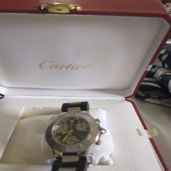 Reloj cartier unisex impecable.