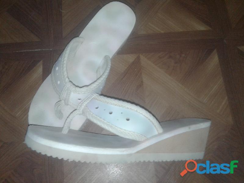 Sandalias mujer usadas como nuevas 1