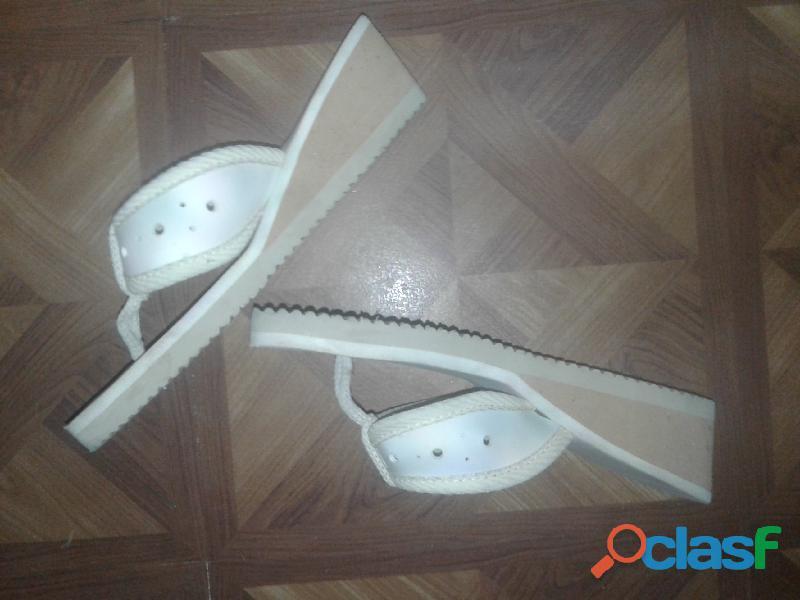 Sandalias mujer usadas como nuevas 3