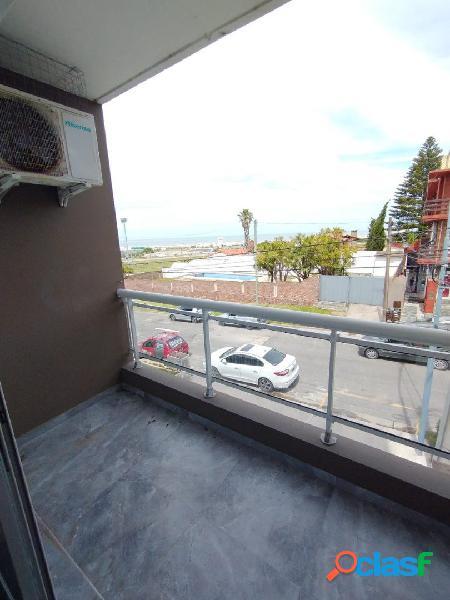 Departamento un ambiente con balcon vista al mar financia