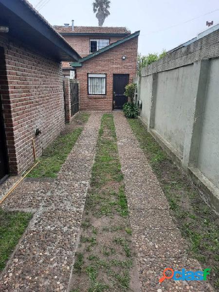 Ph de 3 ambientes en 2 plantas. patio y baulera